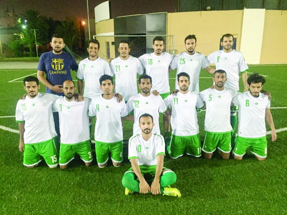 أحد الفرق المشاركة في البطولة.