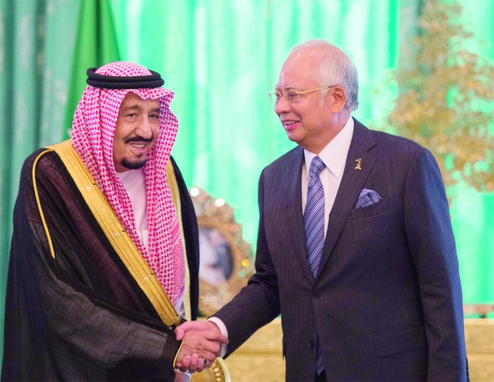 عبدالرزاق: زيارة الملك سلمان أجهضت أكاذيب ضد ماليزيا - أخبار السعودية   صحيفة عكاظ
